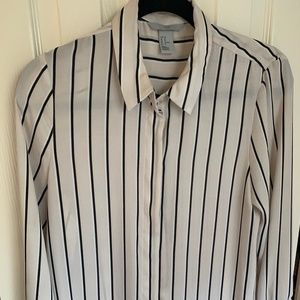 h&m Black and Cream Stripped Button Down